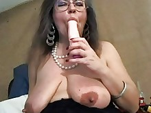 amateur big-tits boobs kitty mature milf nipples