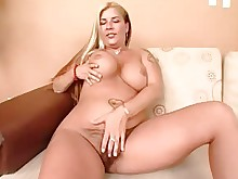 mature milf pussy big-tits blonde bus busty hairy masturbation