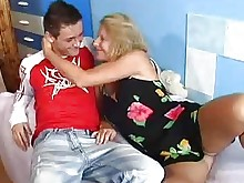 blowjob cumshot horny hot mammy mature old-and-young teen
